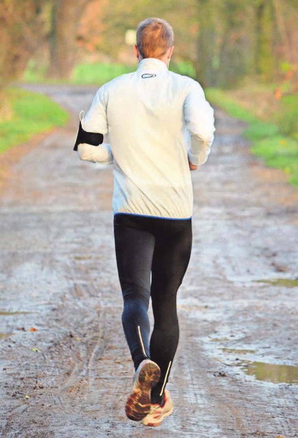 Mit angemessener Kleidung macht der Laufsport noch viel mehr Freude.