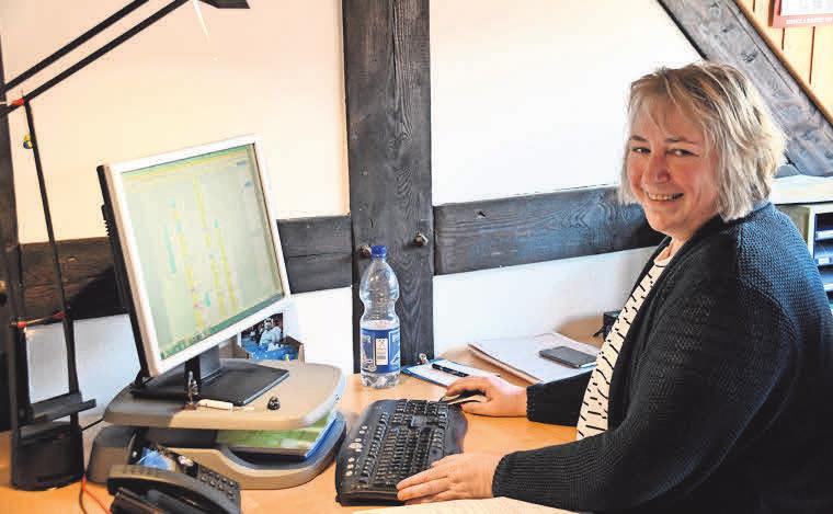 Tanja Waldmann arbeitet in der Verwaltung.
