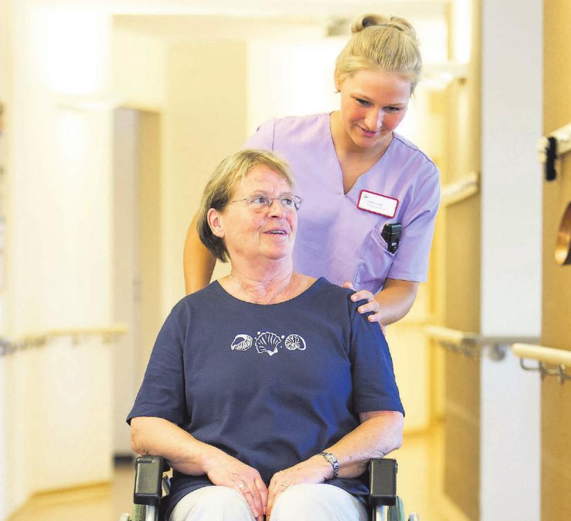 Tages- und Nachtpflegedienste können häusliche Pflegesituationen in großem Umfang stabilisieren. Foto: AOK Presseservice