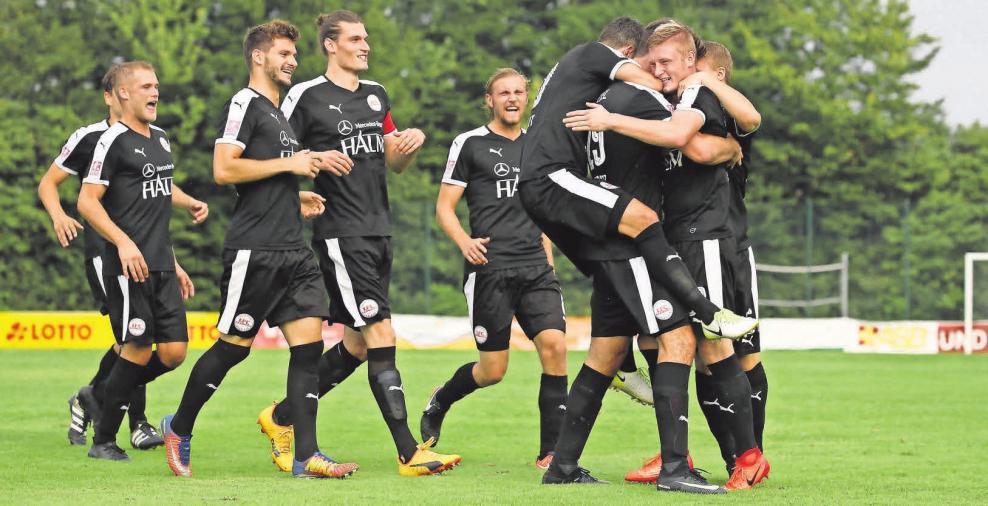 1. FC Germania Egestorf/Langreder: Ein Sieg im letzten Heimspiel wäre die Krönung für die Saisonabschlussfeier und ein Grund zum Jubeln. Stefan Zwing (2)