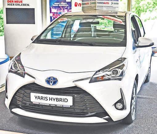 … der Toyota Auris …